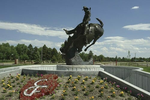 Statue at Cheyenne Frontier Days Old West Museum