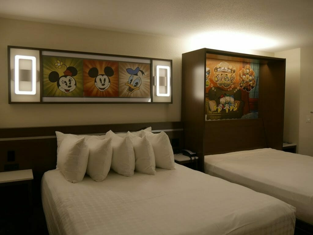 Disney All-Star movies room review bed with another murphy bed