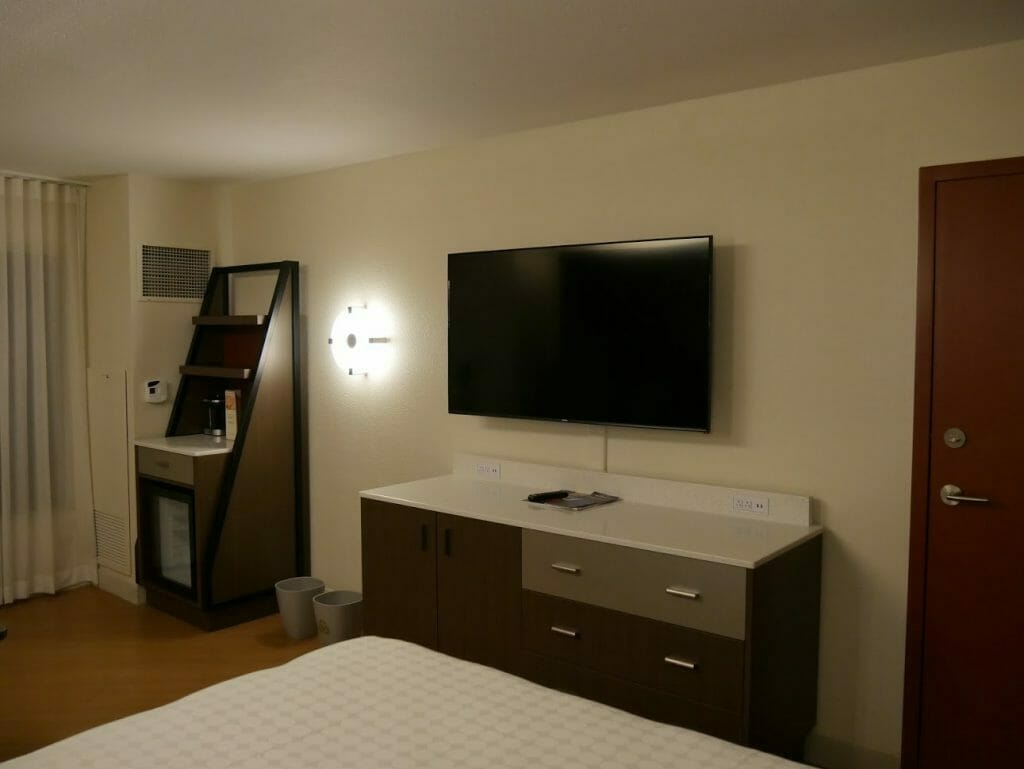 Disney All-Star movies room review TV and kitchenette