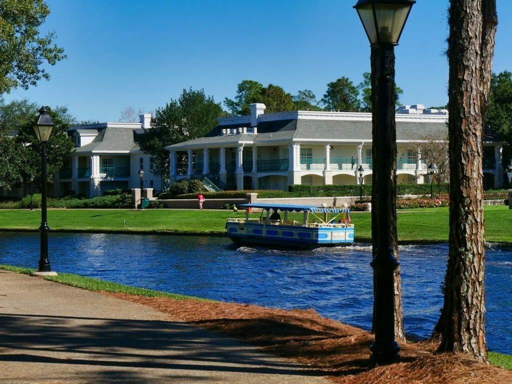 Free Sassagoula River Cruise boat going along river at Port Orleans Riverside Disney World