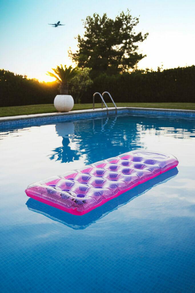 float in swimming pool